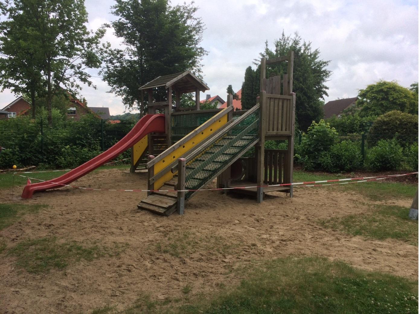Klettergerüst U3 : Förderverein des kindergartens schilfkorb
